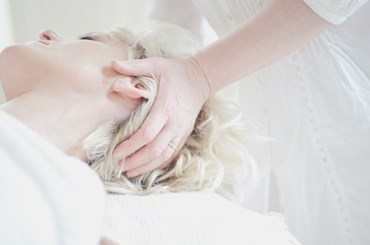Head Massage Introduction Workshop